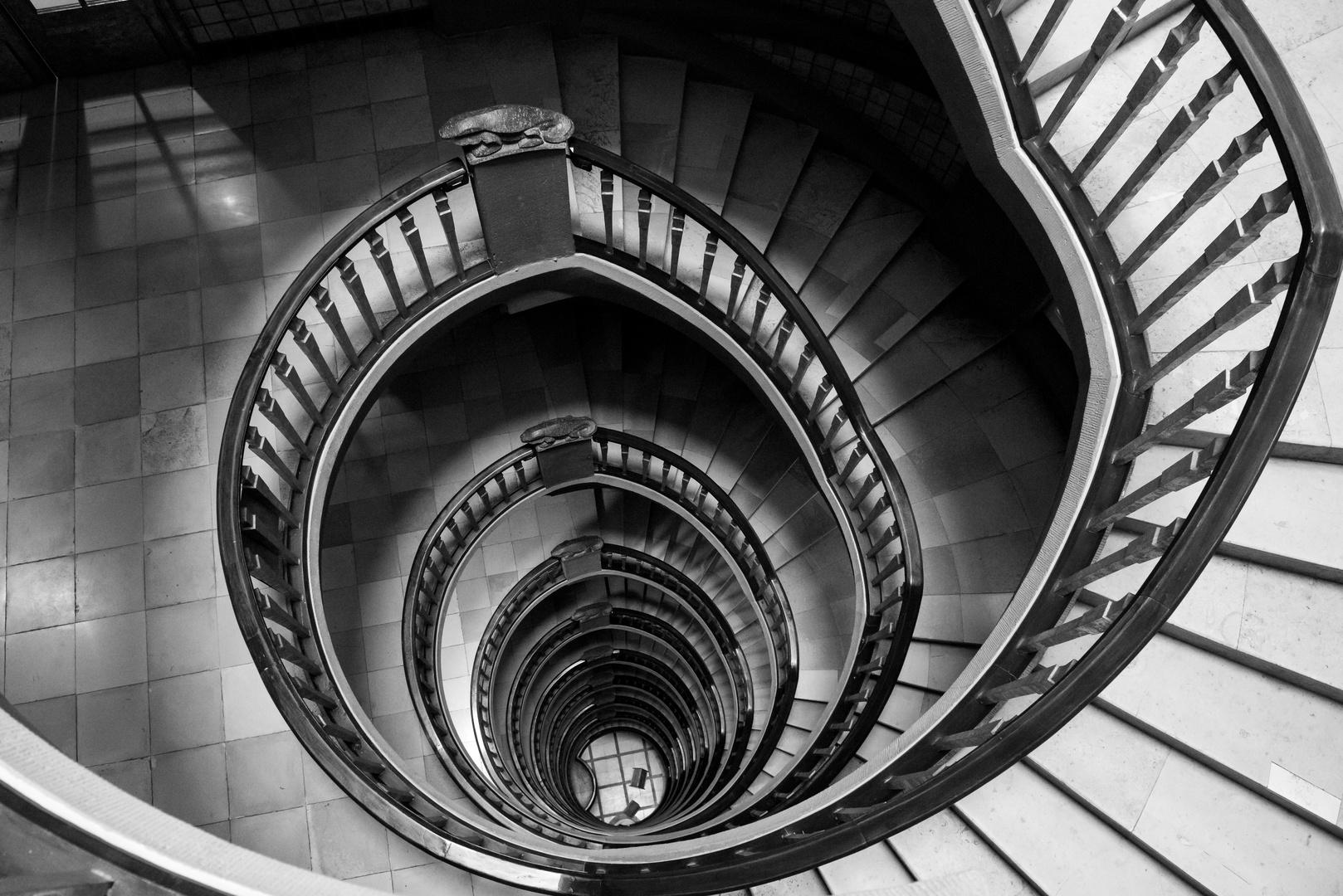 Schone Grusse Aus Dem Treppenhaus Foto Bild Architektur Treppen