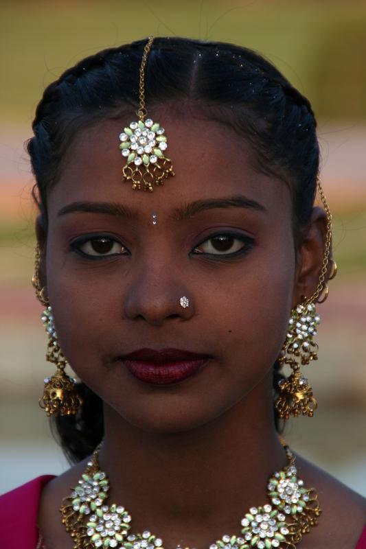 Schöne Inderinnen
