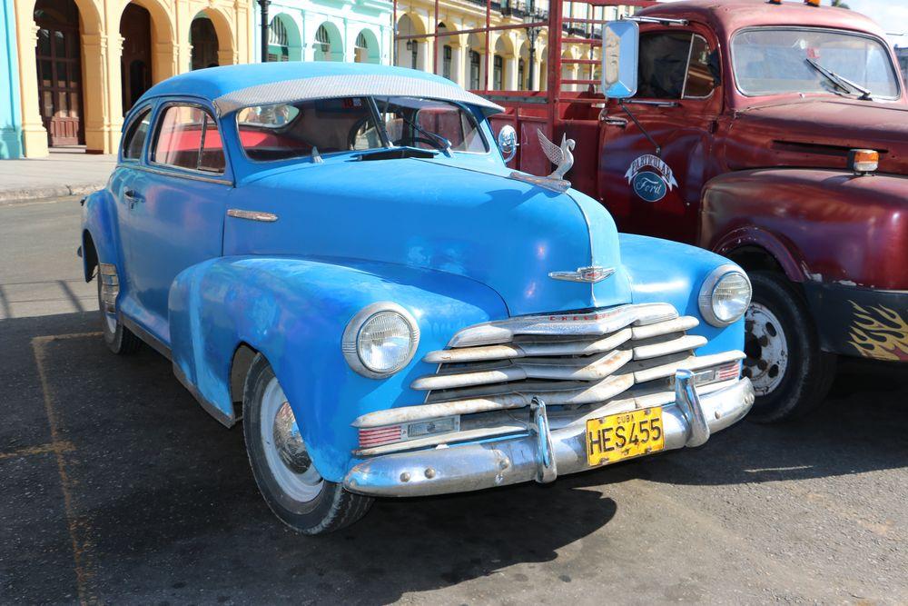 Schöner Oldtimer in Cuba