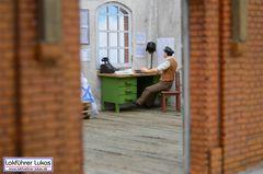 Schreibtisch im Güterschuppen