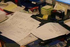 Schreibtischtäter I