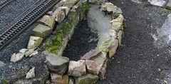 Schritt eins untere Steinreihe verbinden