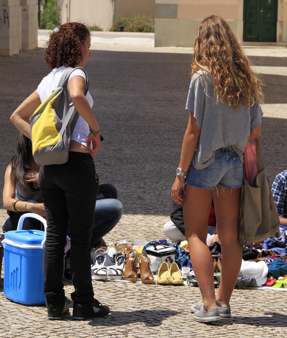 Schuhkäuferinnen