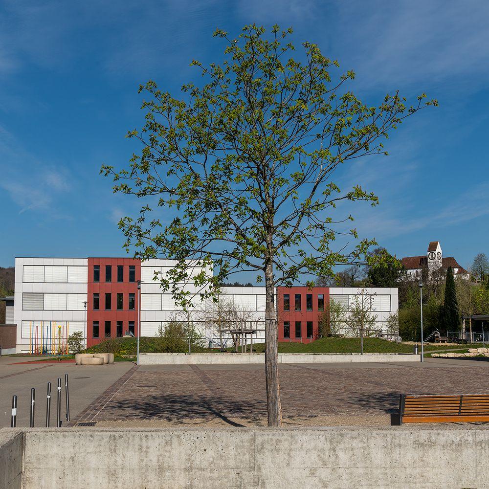 Schulhausplatz