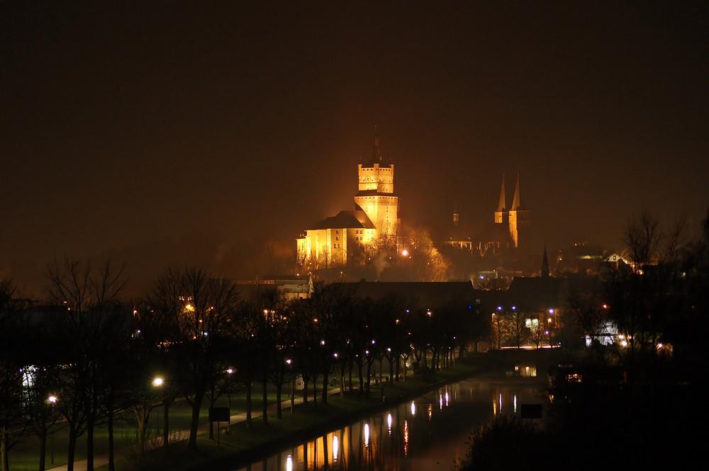 Schwanenburg bei Nacht