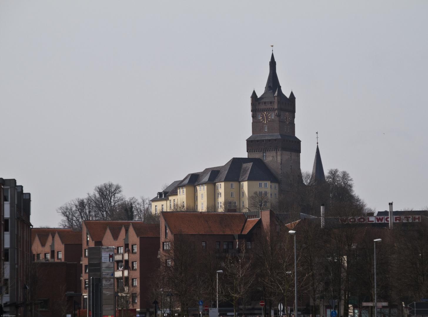 Schwanenburg mit Spoycenter