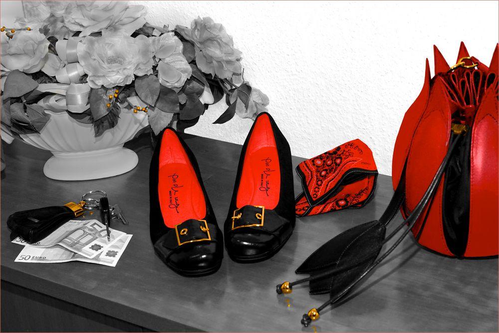 Schwarz, Rot, Gold