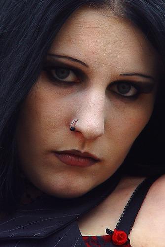Schwarze Augen