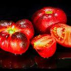 schwarze Tomaten