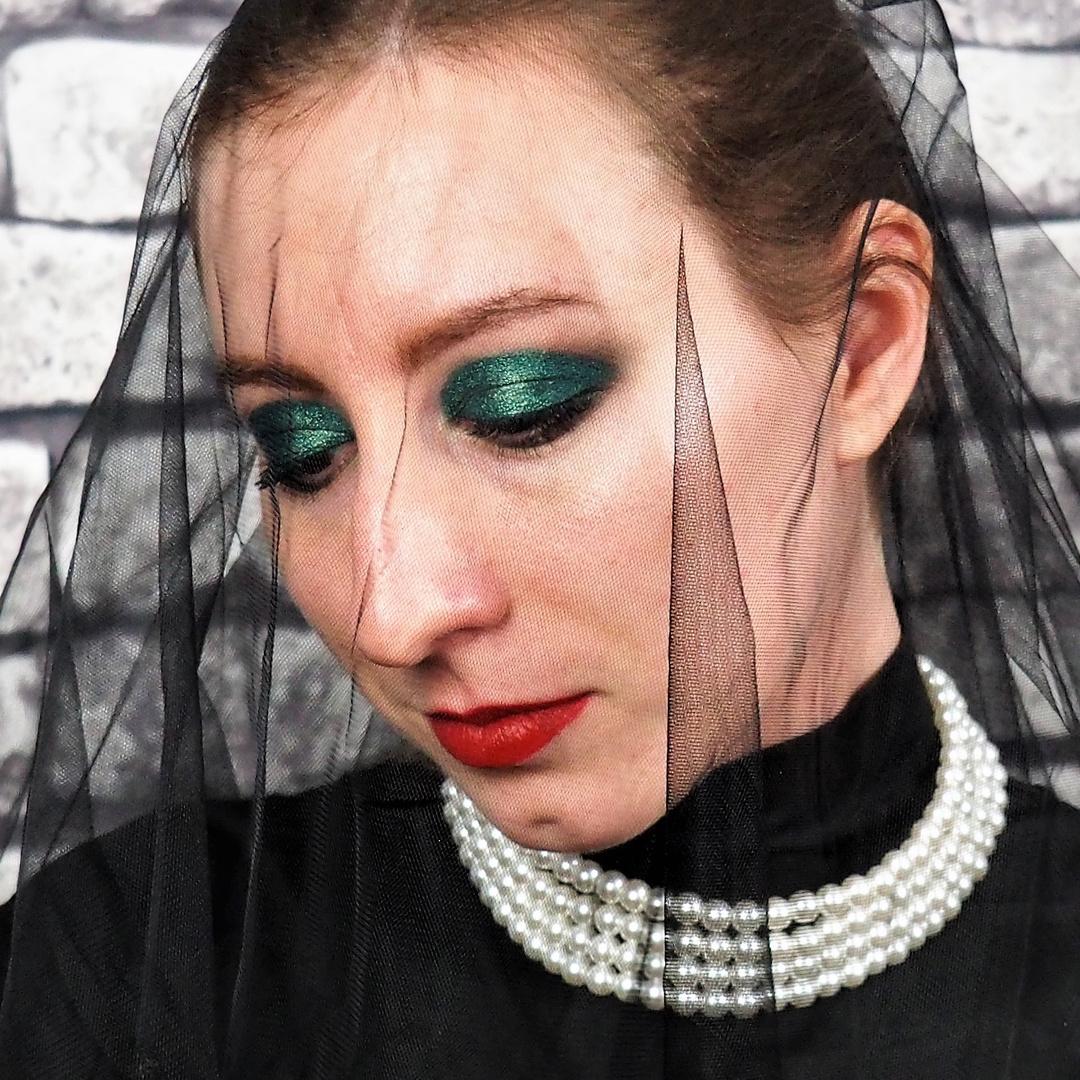 Schwarze Witwe 1