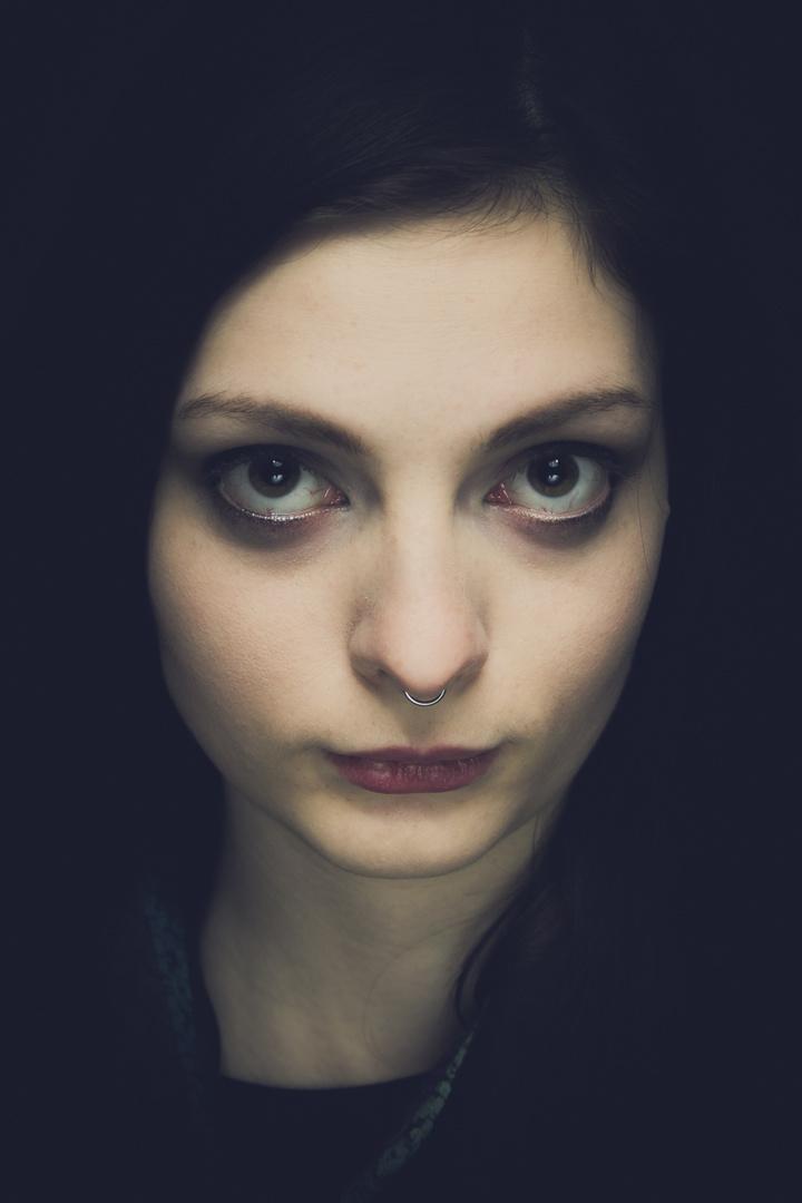 schwarzhaariges Mädchen Foto & Bild | portrait, portrait