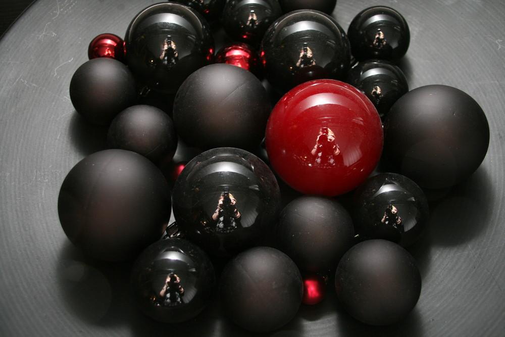 schwarz//rot