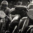 Schwarzweiss-Fotografie: Berlin - Skulptur 'Motorradfahrer'
