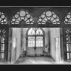 Schwarzweißer Freitag- Kirchenvorraum