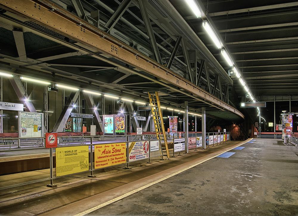 Schwebebahnbahnhof Alter Markt in Wuppertal