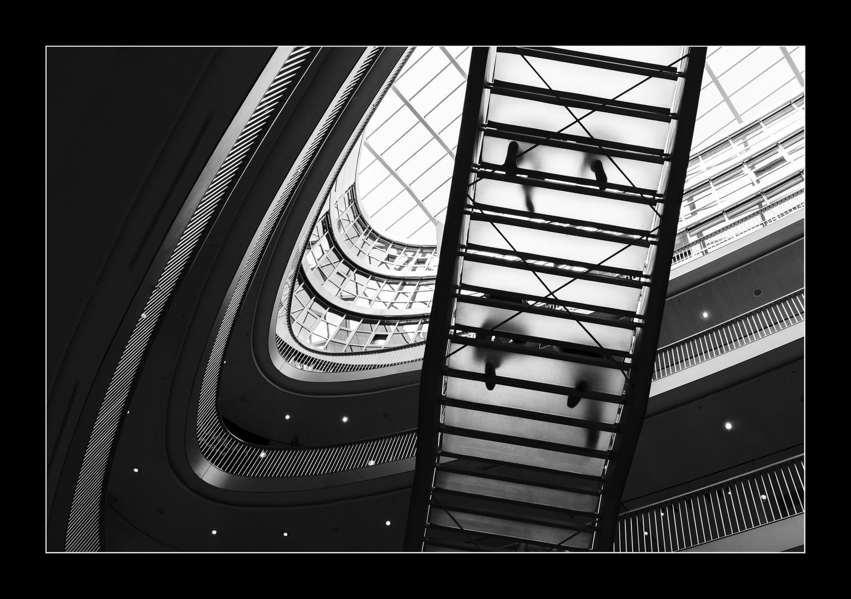 Attraktiv Schwebende Treppe Foto Von
