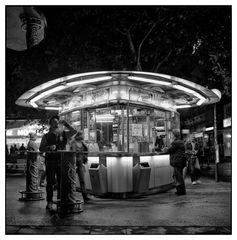 Schwedenplatz - wenn es Nacht wird in Wien