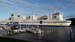 Schwedische TT-Linie fährt in den Travemünder Hafen ein