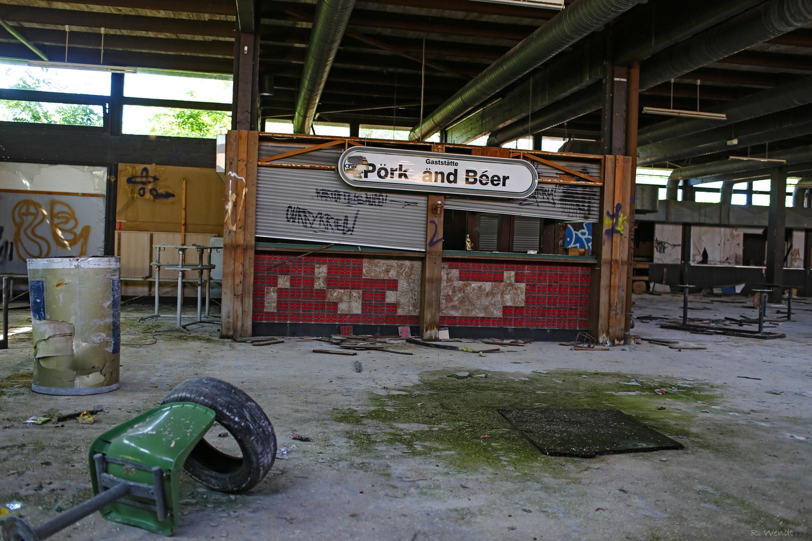 Schweinebraten und Bier