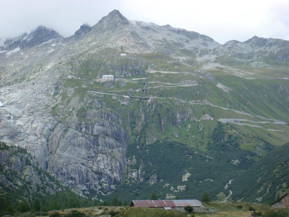 Schweiz für Motorradfahrer - Furkapass