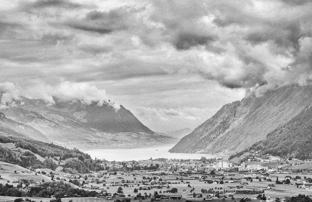 Schweizer Ausblick bei Mutschwetter