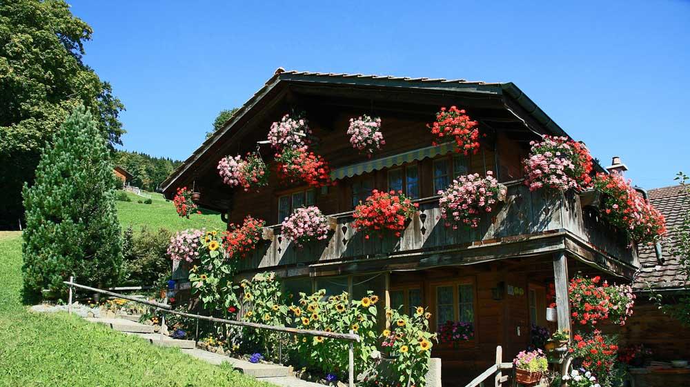 Schweizer Bauernhaus - einfach wunderschön anzuschauen