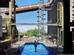 Schwimmbad der Kokerei Zollverein in Essen
