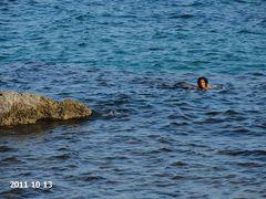 Schwimmen im Oktober in Apulien (Capitolo, bei Monopoli)