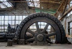 Schwungrad einer Gasmaschine
