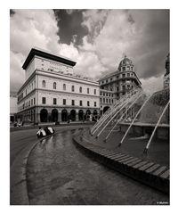 ..scorcio di piazza de ferrari a Genova..