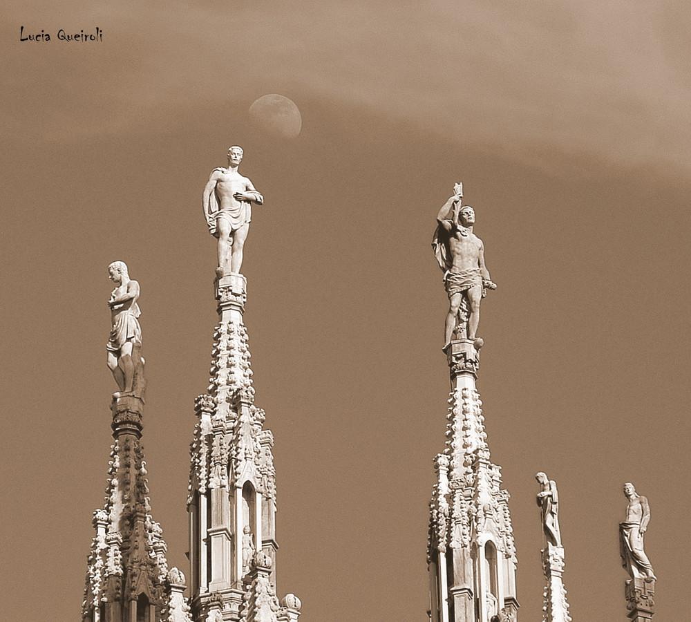 scrutando il cielo di Milano...
