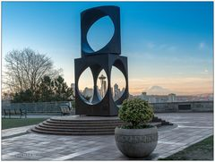[Sculpture I Spaceneedle I Mt Ranier]