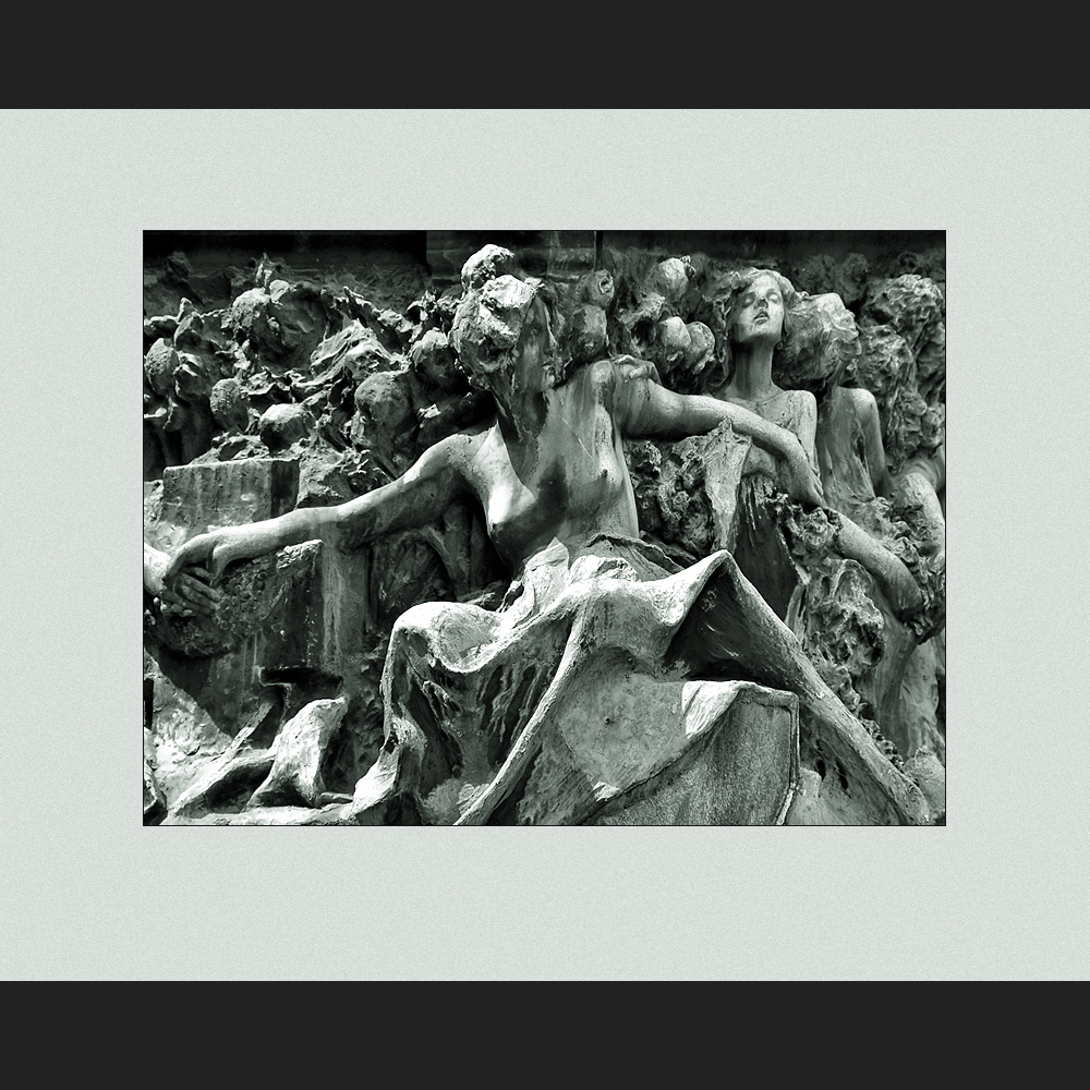 Scultura funebre IV