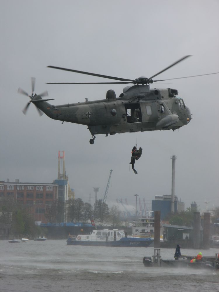 seaking in action