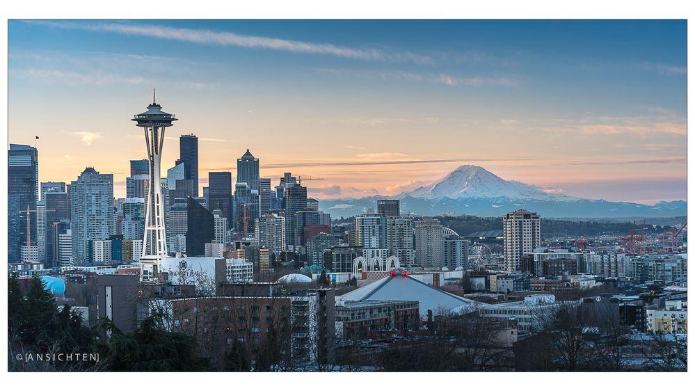 [Seattle I Spaceneedle I Mt Ranier_003]