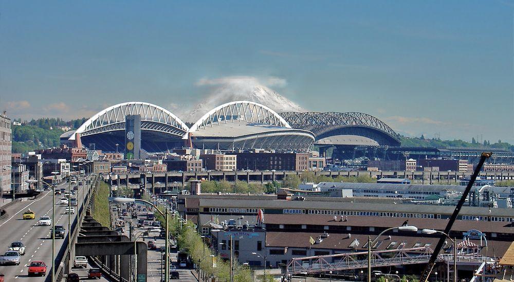 Seattle Sportstadien mit Mount Rainier