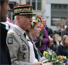 Sechseläuten: ein franz. General als Ehrengast