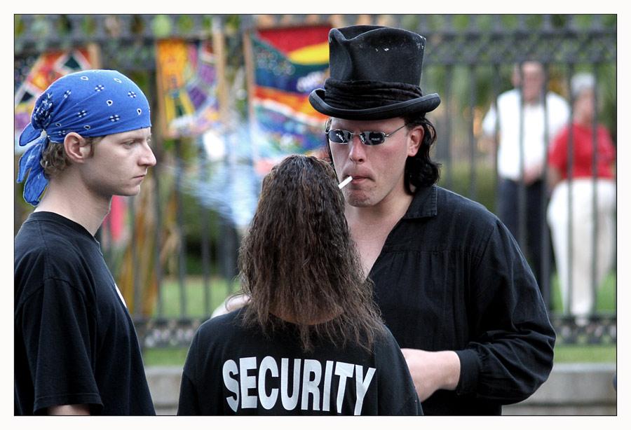 Security muss sein.....
