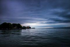 Seebühne in der Blauen Stunde