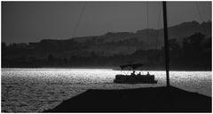 Seefahrt im Abendlicht