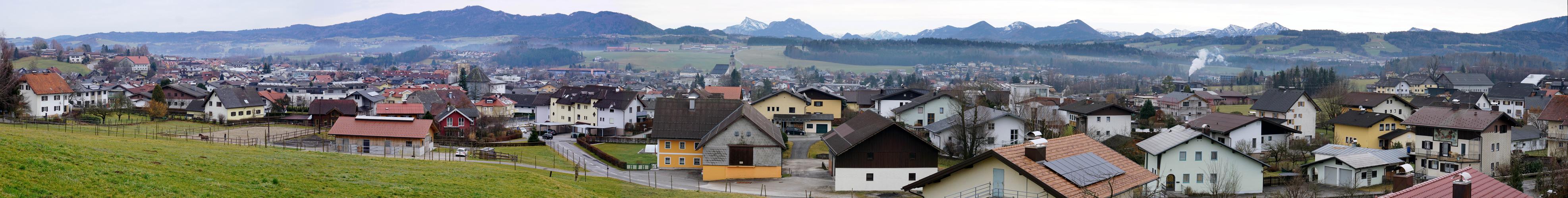 Seekirchen-Westpanorama von der Waldprechtingkirche