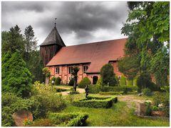 Seemannskirche Prerow mit Friedhof