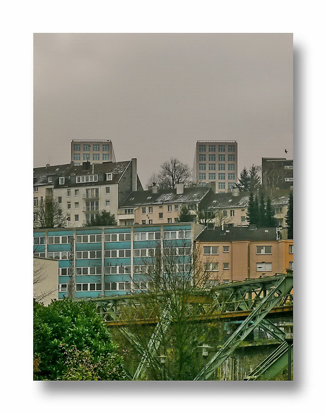 seen from the Schwebebahnhof Kluse... Wolkenburg (Elberfeld)