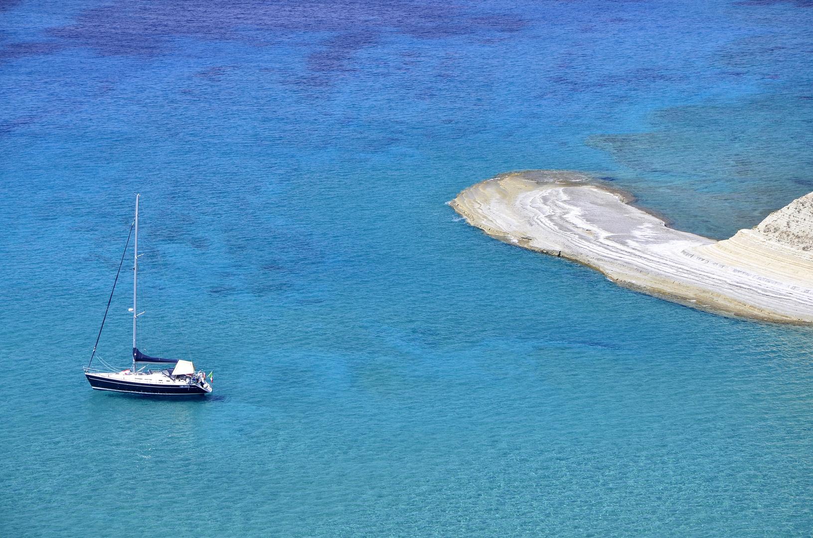 Segelboot am LOGAS Beach