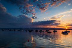 Segelboote am Morgen