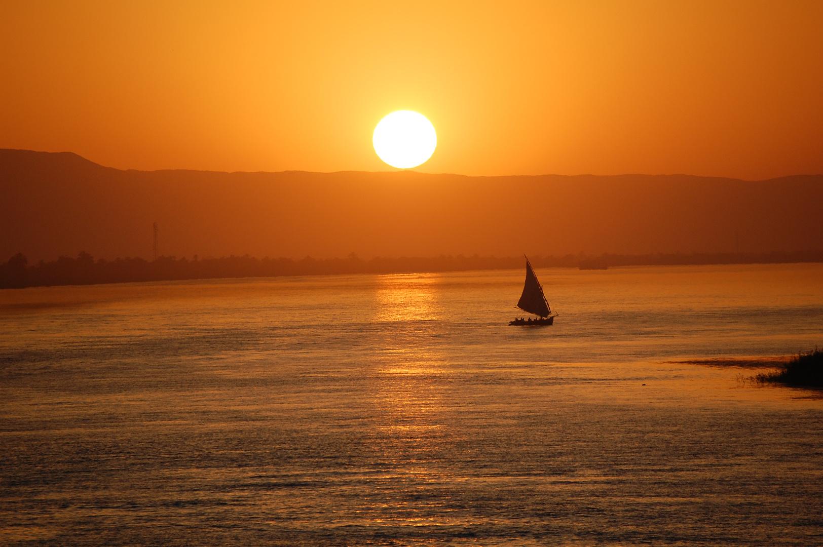 Segeln in die Abendsonne