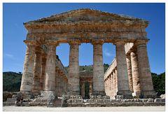 Segesta, eine rätselhafte Tempelruine