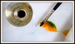 Seidenmalerei - Pinsel und Farbe
