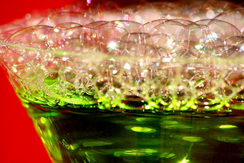 Seifenblasen mit Lebensmittelfarbe