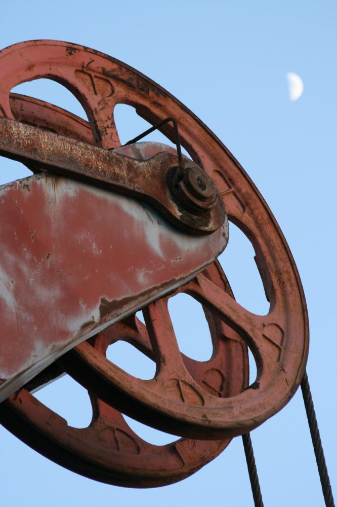Seilrad an einem Bagger im Kalktagebau